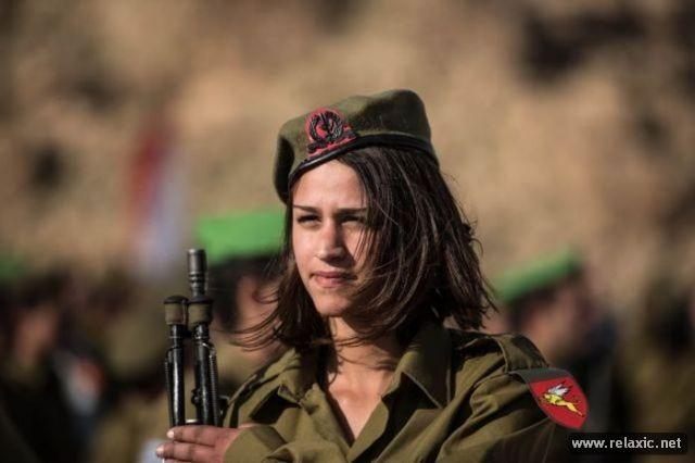 Những nữ quân nhân xinh đẹp Israel khiến giới mày râu cũng phải cúi chào ảnh 34