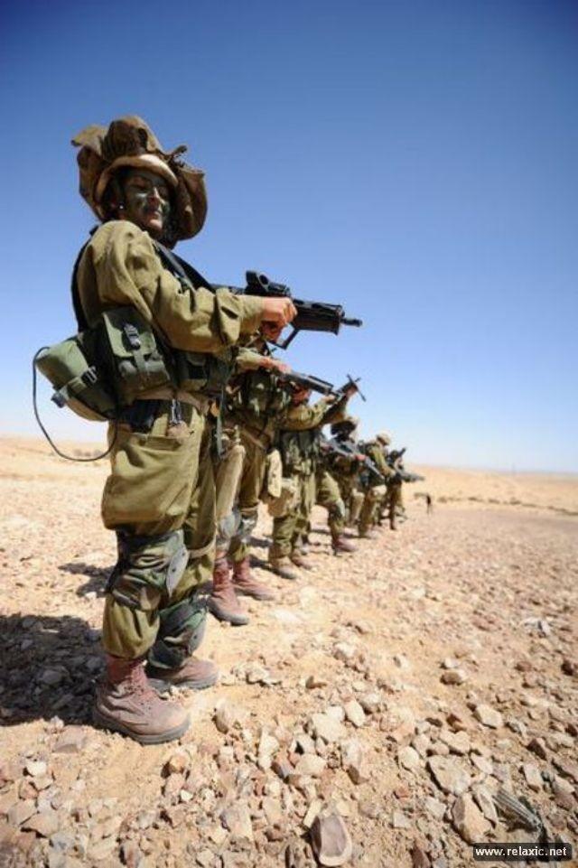 Những nữ quân nhân xinh đẹp Israel khiến giới mày râu cũng phải cúi chào ảnh 37