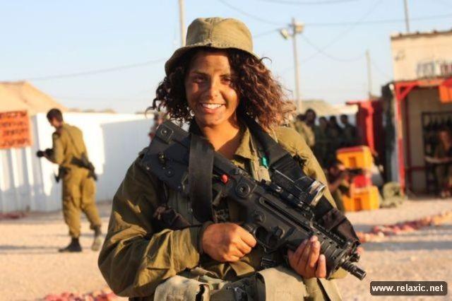 Những nữ quân nhân xinh đẹp Israel khiến giới mày râu cũng phải cúi chào ảnh 40