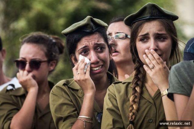 Những nữ quân nhân xinh đẹp Israel khiến giới mày râu cũng phải cúi chào ảnh 43