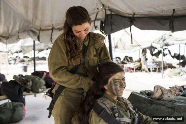 Những nữ quân nhân xinh đẹp Israel khiến giới mày râu cũng phải cúi chào ảnh 49