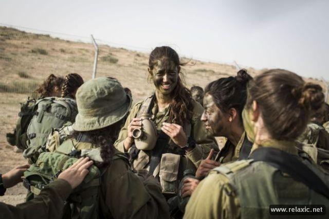 Những nữ quân nhân xinh đẹp Israel khiến giới mày râu cũng phải cúi chào ảnh 51