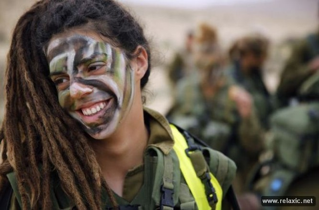 Những nữ quân nhân xinh đẹp Israel khiến giới mày râu cũng phải cúi chào ảnh 58
