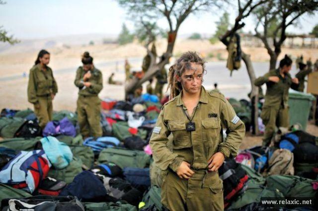 Những nữ quân nhân xinh đẹp Israel khiến giới mày râu cũng phải cúi chào ảnh 61
