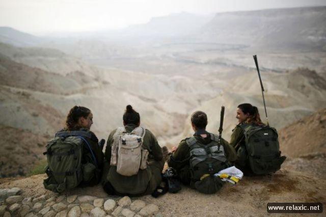 Những nữ quân nhân xinh đẹp Israel khiến giới mày râu cũng phải cúi chào ảnh 64