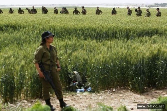 Những nữ quân nhân xinh đẹp Israel khiến giới mày râu cũng phải cúi chào ảnh 65