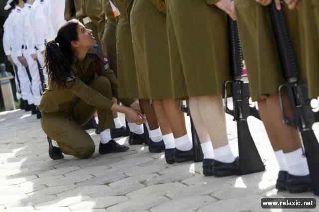 Những nữ quân nhân xinh đẹp Israel khiến giới mày râu cũng phải cúi chào ảnh 71