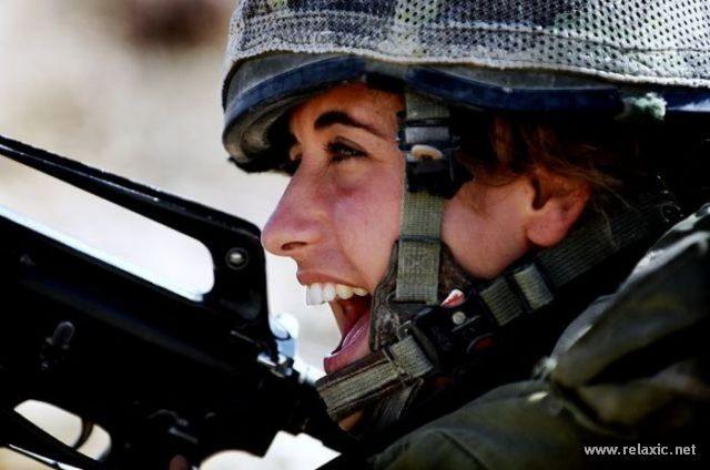Những nữ quân nhân xinh đẹp Israel khiến giới mày râu cũng phải cúi chào ảnh 72
