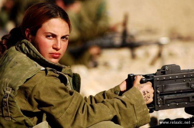 Những nữ quân nhân xinh đẹp Israel khiến giới mày râu cũng phải cúi chào ảnh 75