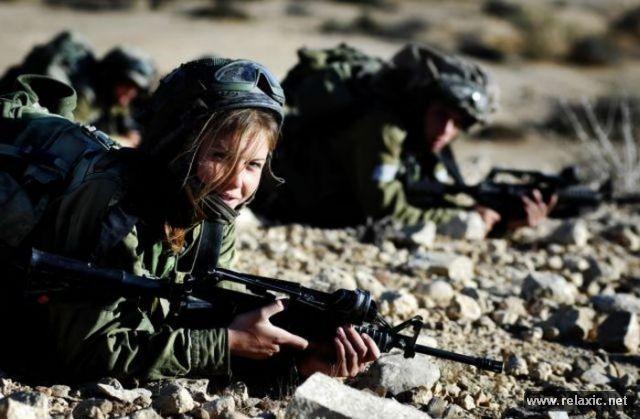 Những nữ quân nhân xinh đẹp Israel khiến giới mày râu cũng phải cúi chào ảnh 77