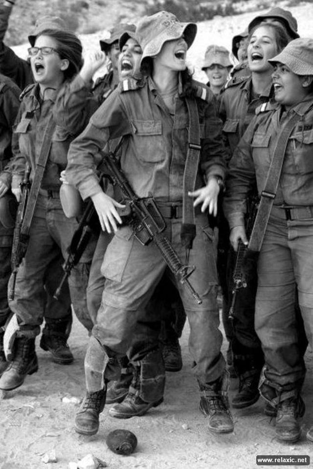 Những nữ quân nhân xinh đẹp Israel khiến giới mày râu cũng phải cúi chào ảnh 81