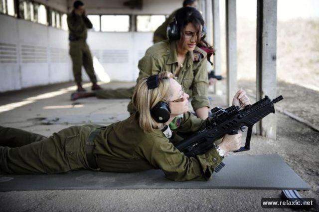 Những nữ quân nhân xinh đẹp Israel khiến giới mày râu cũng phải cúi chào ảnh 84