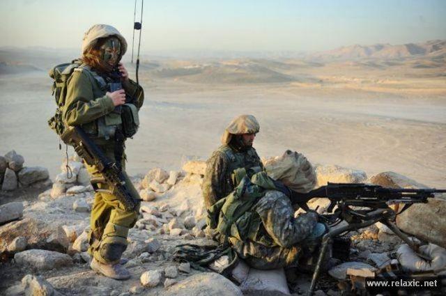 Những nữ quân nhân xinh đẹp Israel khiến giới mày râu cũng phải cúi chào ảnh 89