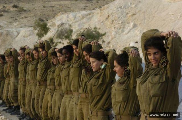 Những nữ quân nhân xinh đẹp Israel khiến giới mày râu cũng phải cúi chào ảnh 95