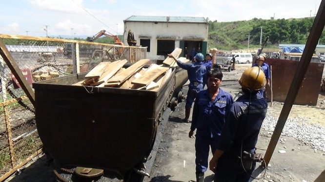 300 người đang giải cứu thợ mỏ Hòn Gai ở độ sâu 165m ảnh 6