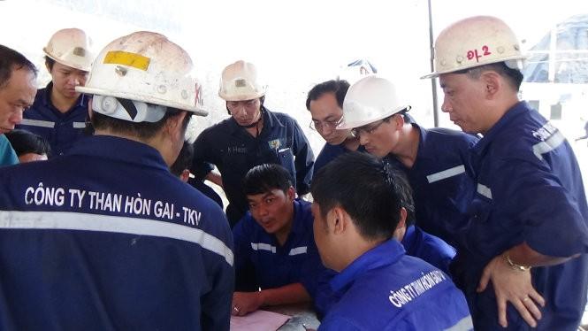 300 người đang giải cứu thợ mỏ Hòn Gai ở độ sâu 165m ảnh 3