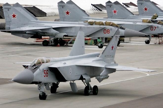 Khám phá bí mật siêu tiêm kích thống trị bầu trời MiG-31 ảnh 1
