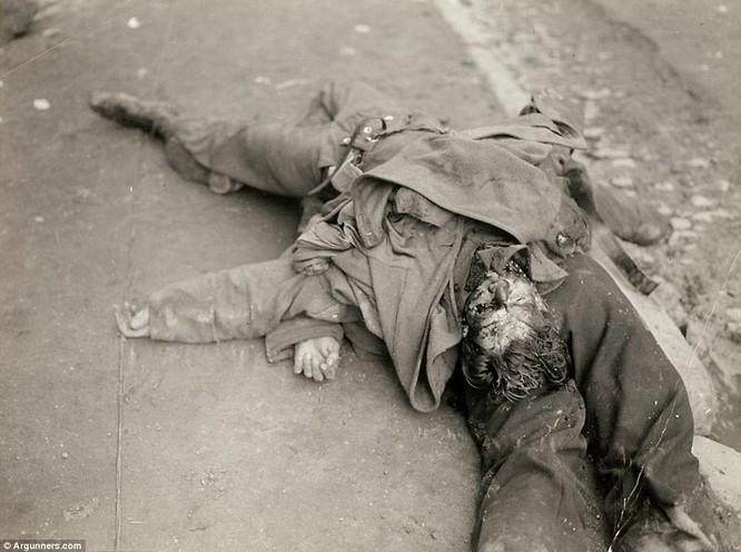 Chùm ảnh bi thảm Đại chiến thế giới thứ II của tướng 4 sao Mỹ ảnh 5