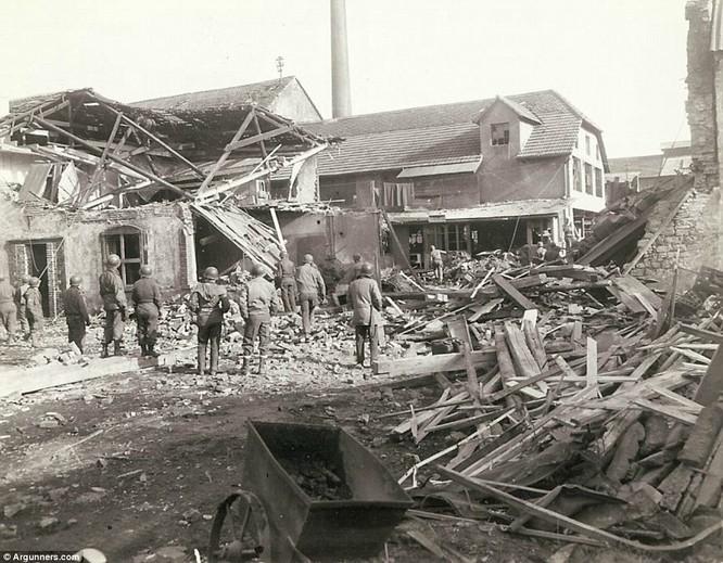 Chùm ảnh bi thảm Đại chiến thế giới thứ II của tướng 4 sao Mỹ ảnh 10