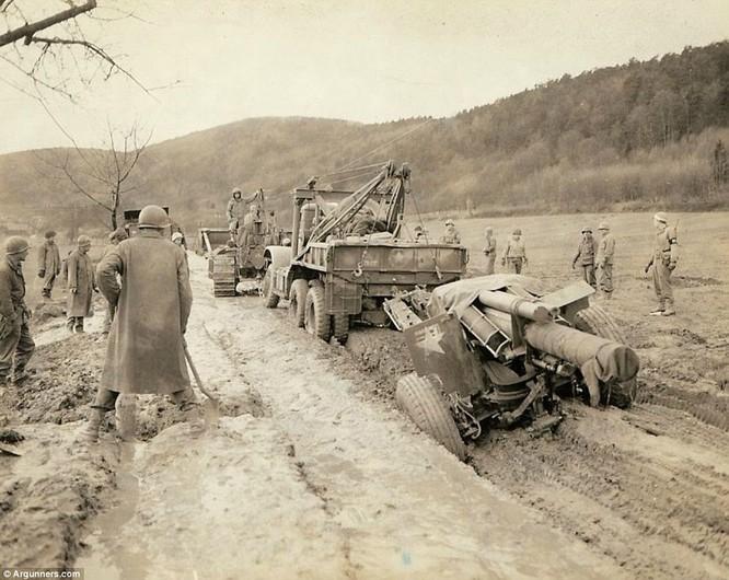 Chùm ảnh bi thảm Đại chiến thế giới thứ II của tướng 4 sao Mỹ ảnh 17