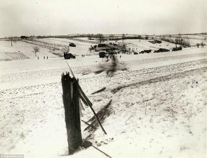 Chùm ảnh bi thảm Đại chiến thế giới thứ II của tướng 4 sao Mỹ ảnh 28