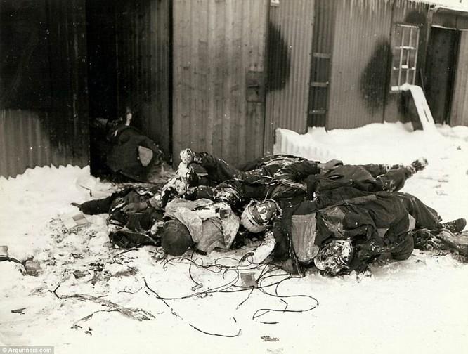 Chùm ảnh bi thảm Đại chiến thế giới thứ II của tướng 4 sao Mỹ ảnh 29