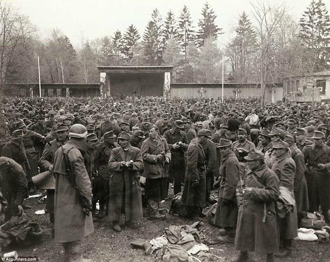 Chùm ảnh bi thảm Đại chiến thế giới thứ II của tướng 4 sao Mỹ ảnh 34
