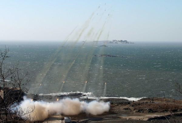 Triều Tiên lệnh cho binh sỹ bước vào trạng thái chiến tranh ảnh 11