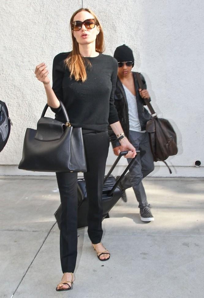 Sự thay đổi phong cách của Angelina Jolie ảnh 31