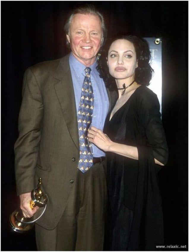 Sự thay đổi phong cách của Angelina Jolie ảnh 5