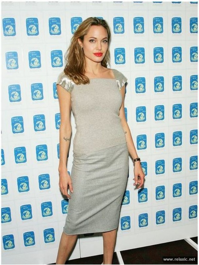 Sự thay đổi phong cách của Angelina Jolie ảnh 14