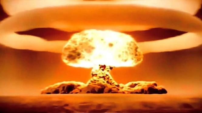 """""""Hoàng đế bom"""" trở về Moscow - Bom nhiệt hạch AN602 ảnh 2"""