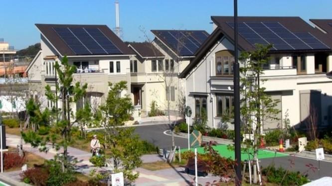 Kỳ lạ thành phố sử dụng năng lượng mặt trời ở Nhật Bản ảnh 3