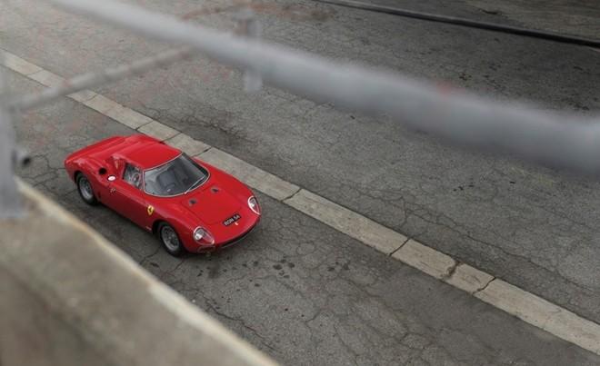 Top 10 xe giá kỷ lục tại sự kiện đấu giá Monterey 2015 ảnh 10