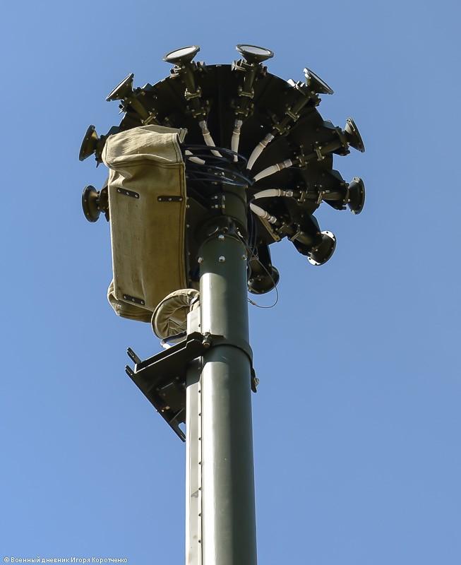 """Cận cảnh xe khí tài chế áp điện tử modul 1RL257E """"Krasuha-4"""" nổi tiếng ảnh 7"""