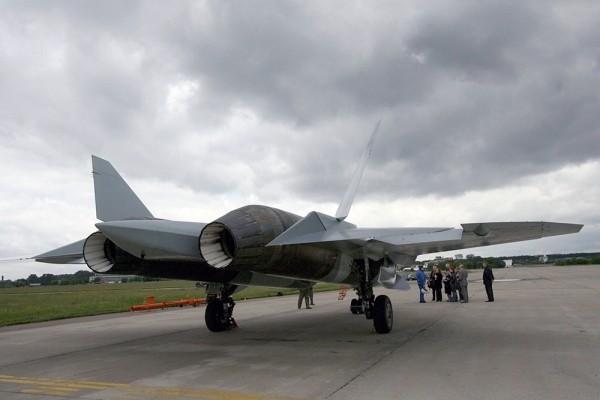 T-50 PAK – FA thử nghiệm thành công với tên lửa ảnh 3
