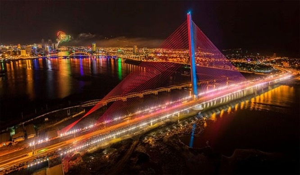 Những khoảnh khắc tuyệt đẹp về Đà Nẵng ảnh 11