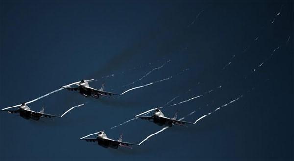 Nga 'trình làng' hàng loạt máy bay mới tại MAKS 2015 ảnh 4