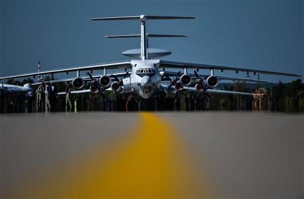Nga 'trình làng' hàng loạt máy bay mới tại MAKS 2015 ảnh 9