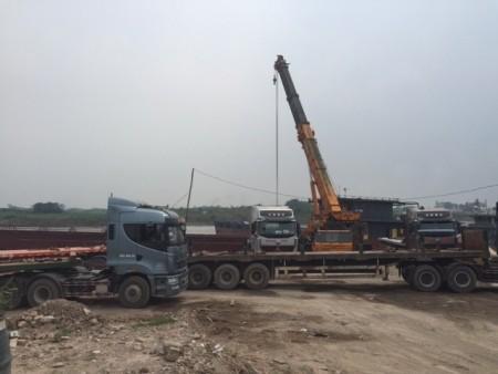 Hà Nội: Phá đê mở đường xe quá tải lưu thông ảnh 3