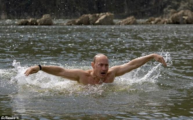 Bí mật giúp ông Putin thành người đàn ông thép ảnh 13