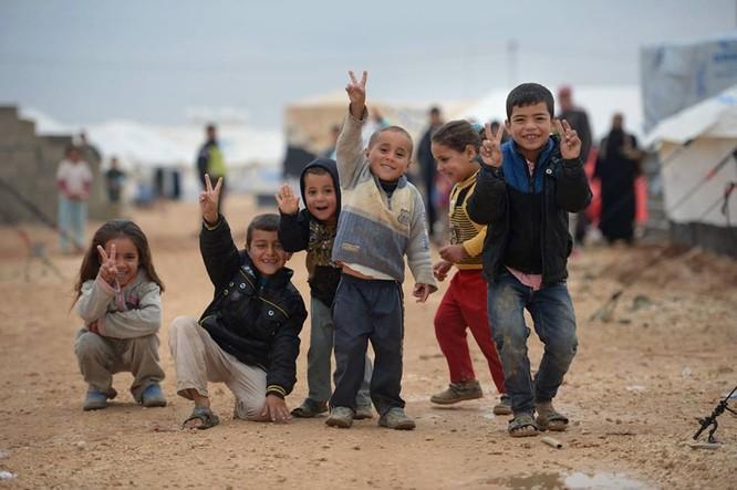 Chùm ảnh thảm họa nhân đạo trẻ em ở địa ngục Syria ảnh 1