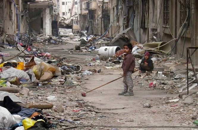 Chùm ảnh thảm họa nhân đạo trẻ em ở địa ngục Syria ảnh 15