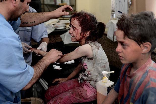 Chùm ảnh thảm họa nhân đạo trẻ em ở địa ngục Syria ảnh 40