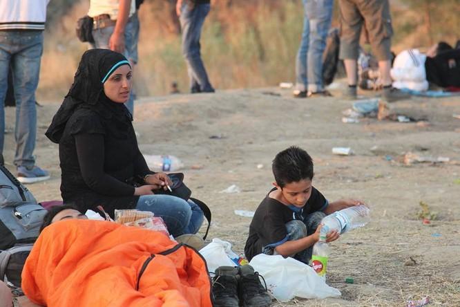 Chùm ảnh thảm họa nhân đạo trẻ em ở địa ngục Syria ảnh 51