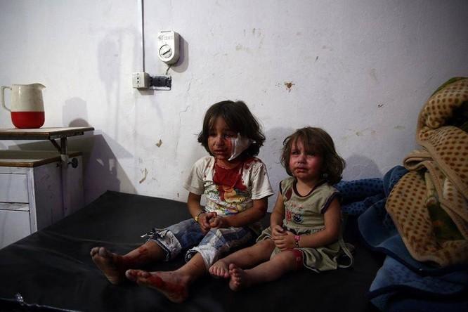 Chùm ảnh thảm họa nhân đạo trẻ em ở địa ngục Syria ảnh 58