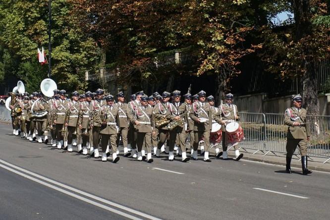 Cuộc diễu hành quân đội Ba Lan ở Warsaw ảnh 26