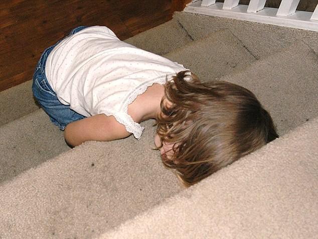 Cười ngất những tư thế ngủ khó đỡ của các thiên thần nhí ảnh 18