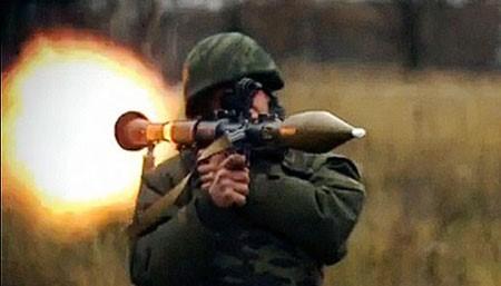 Súng phóng lựu Nga chọc thủng bất cứ thiết giáp nào ảnh 1