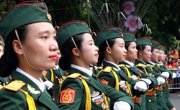 Lực lượng quân đội diễu binh qua lễ đài mừng Quốc khánh 2/9 ảnh 18